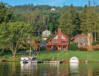 A Raccoon Lagoon Lakefront Home on Deep Creek Lake