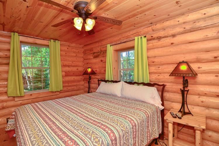 Bedroom at Whitewater Lodge Deep Creek Lake
