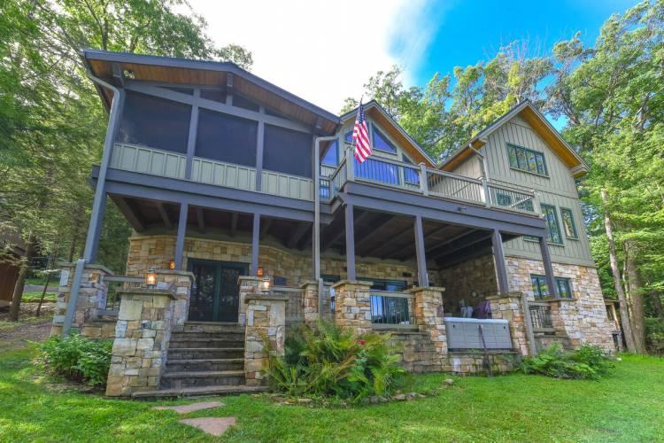 Lake Front Vacation Home at Deep Creek Lake