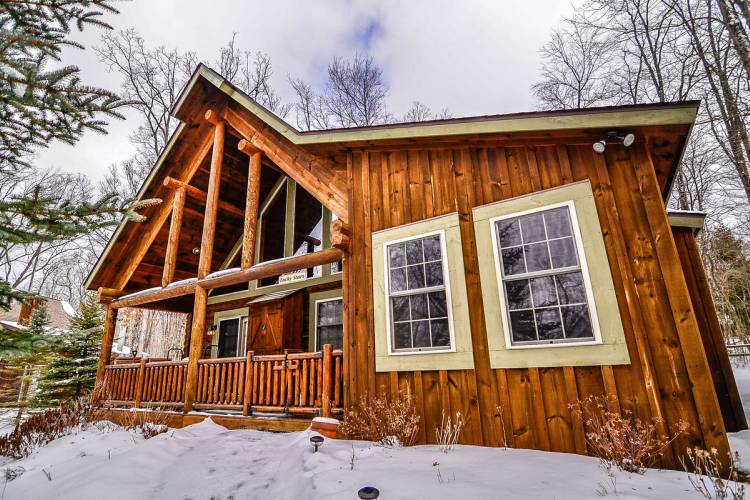 Winter Cabin at Deep Creek Lake
