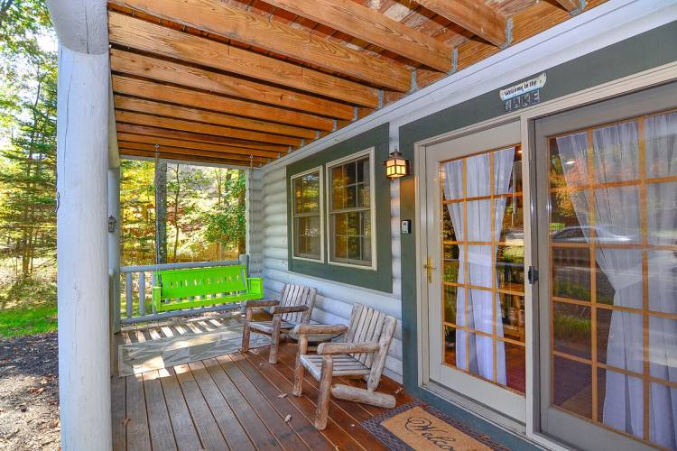 Porch at Whitewater Lodge Deep Creek Lake