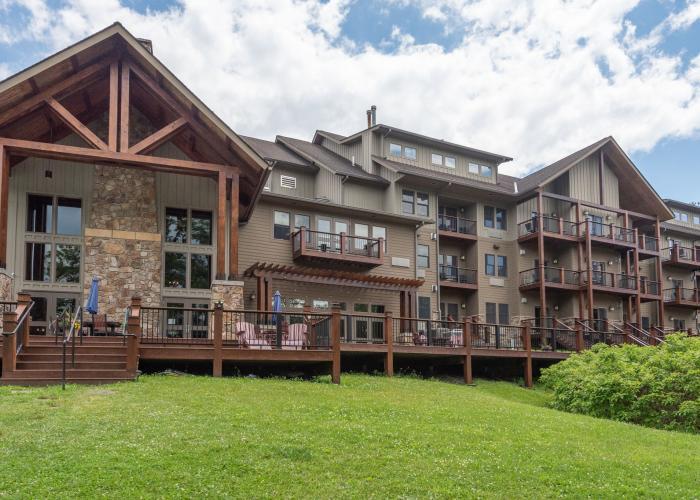 Lake Front Hotel at Deep Creek Lake